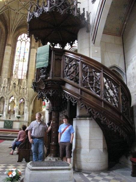 Luther grave and pulpit