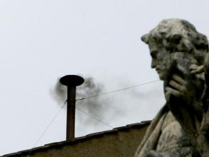 vatican_black_smoke_161486868_900x675